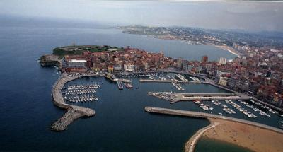 Puerto deportivo de gij n asturias puertos gu as - Puerto deportivo gijon ...