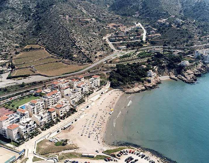 Platja d 39 aiguadol sitges platja d 39 aiguadol sitges - Fotos de sitges barcelona ...