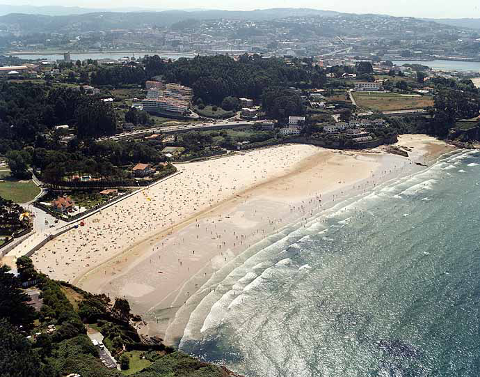 Playa de Bastiagueiro - La Coru?a