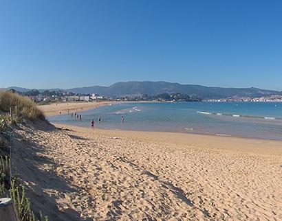 6bccbaa07bf16 Río que separa las playas de Panxón y Playa América. playaamerica2. Playa  América